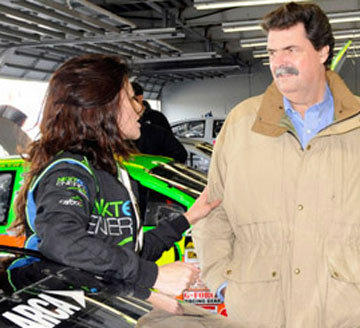Munter Receives Visit From Special Visitor at Daytona; Test Results Successful for MGR.....