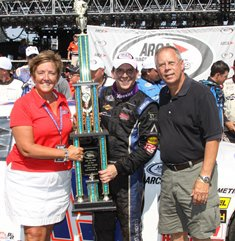 Poole wins on Springfield dirt track