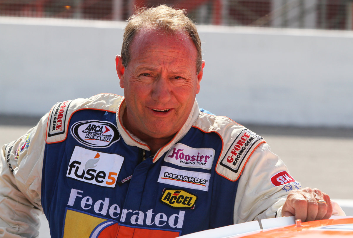 "Schrader looking for ""lady luck"" at Salem; Federated Auto Parts 200 next"