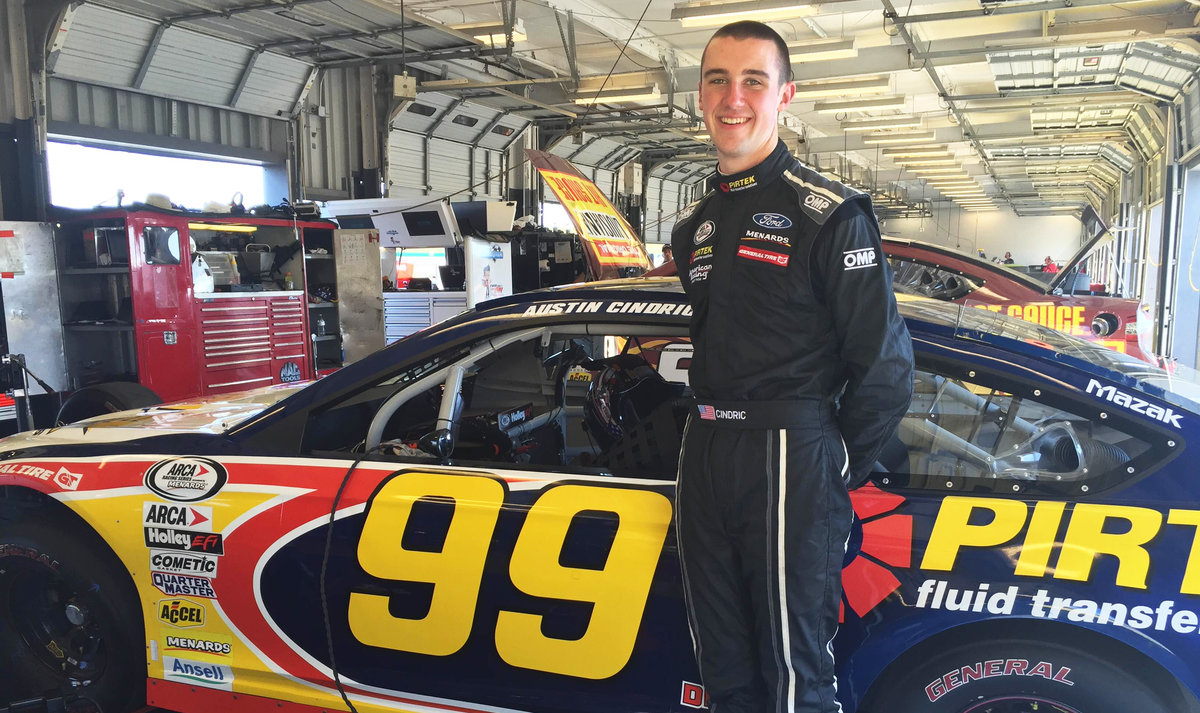 Cindric, Weatherman unofficially under track record in morning test session at Kentucky