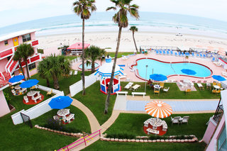 Oceanfront hotel Tropical Manor offering special ARCA rates