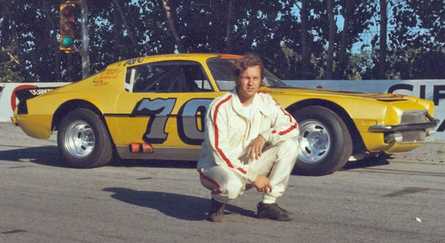 Joe Ruttman Pose with 70 Car at Toledo