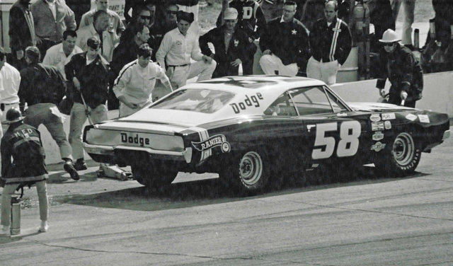 Andy Hampton pits stop at Daytona in Harry Ranier's Dodge