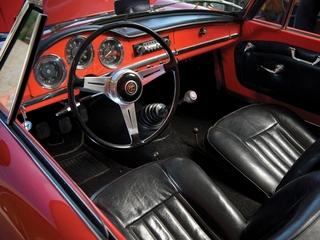 Alfa Romeo Giulia 1600 Spider 3