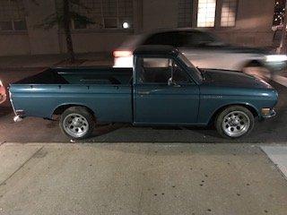 Datsun Pick Up4