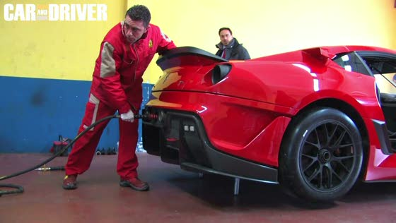 Ferrari 599XX Pit-Stop