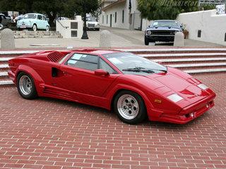 Lamborghini Countach 09