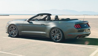 2015 Ford Mustang Convertible00 1