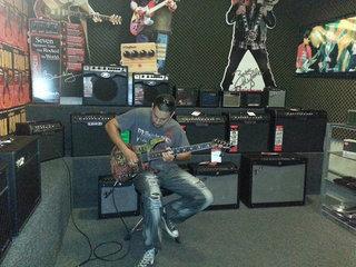 Esp  Esp Ltd  Padge  Dennis Ktd  Esp Guitar  Guitar  Gitarre  Esp Slayer Guitar  Slayer 1
