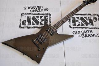 Esp Ltd Ex 100 Guitar In Black Gold 84978lar