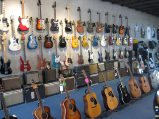 Electric Acoustic Guitars Basses 03