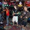 Bar gig