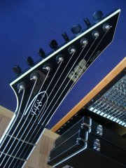 ESP Horizon NT8 Custom / Francesco Fareri