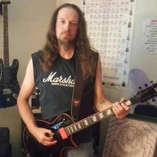 Me and my LTD GH600 Gary Holt signature