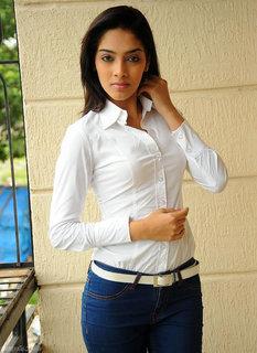 Mahira  K.