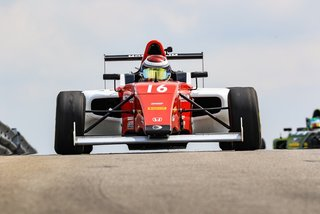 Points Scoring Weekend for Skip Barber Momentum F4