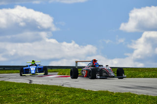 Oliver Clarke Produces Battling F4 Performance in Pittsburgh