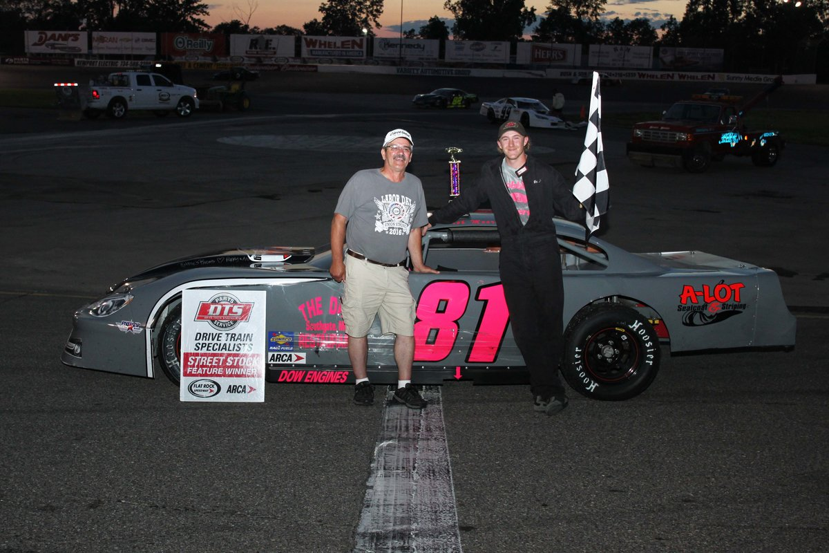 ROB MOORE JR. TAKES FIRST-EVER WIN