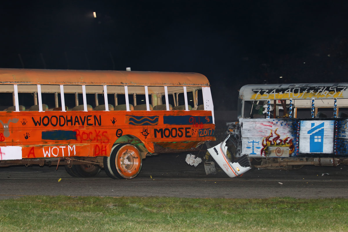 TICKETS ON SALE FOR SATURDAY'S BUS RACE AT FLAT ROCK