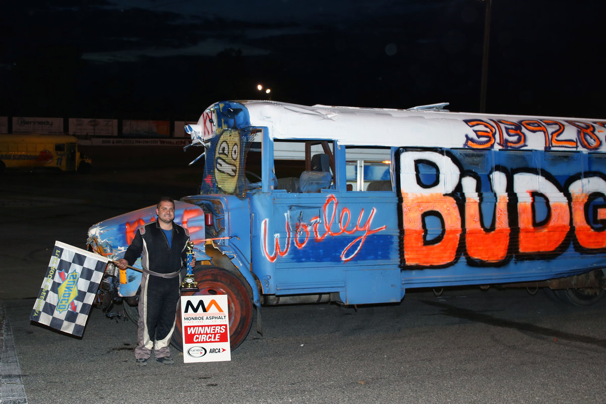BUSES AND MORE ENTERTAIN SOLD-OUT FLAT ROCK CROWD