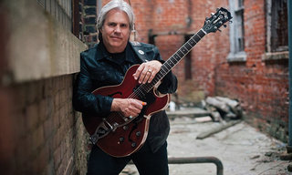 Doyle Dykes Featured on For Guitar Players Only