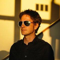 Jason Narducy (Split Single/Bob Mould)