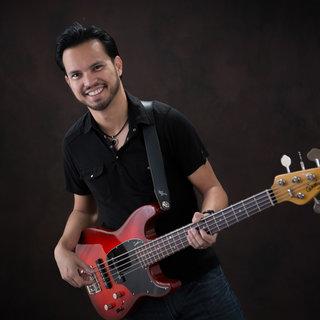 Dino Villanueva (Tanya Tucker)