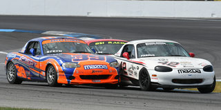 Pardus Headlines Spec Miata at Runoffs