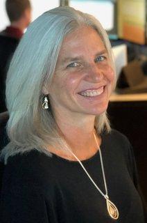 Claudine M Stueve